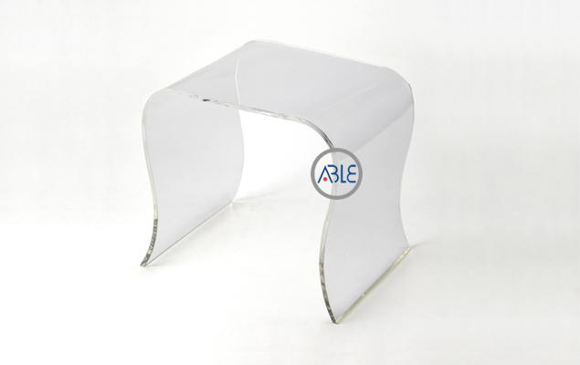 Custom Integrated Crystal Clear Acrylic Chair