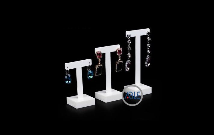 custom earrings display